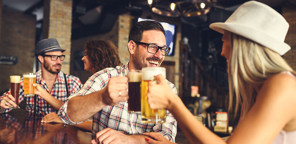 Young singles looking for Ottawa Ontario hookups over beer