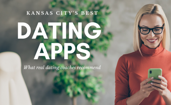 A woman checking out Kansas City dating apps and sites on her phone