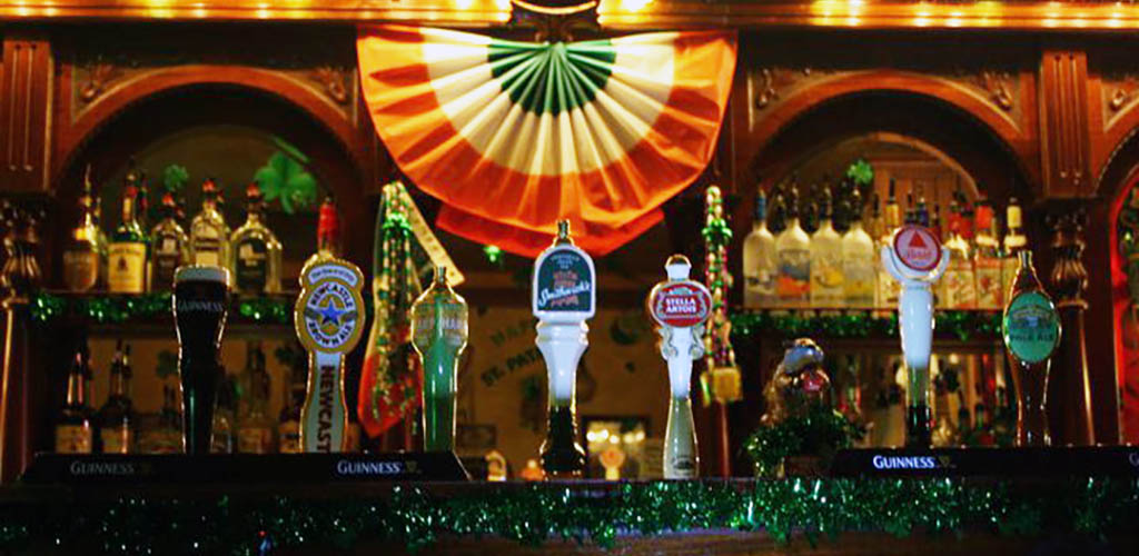 Cassidy's Irish Pub is one of our favorite Corpus Christi hookup bars
