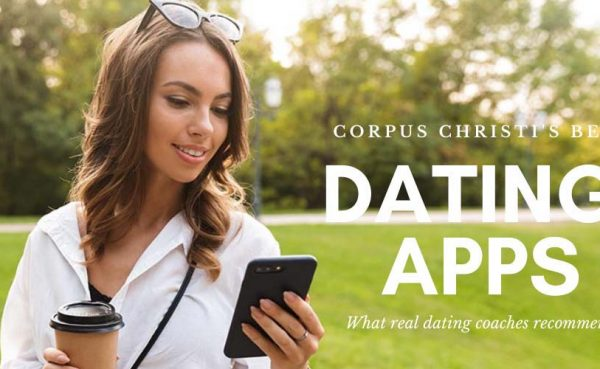 Girl checking out the best dating apps and sites in Corpus Christi while having coffee at a park