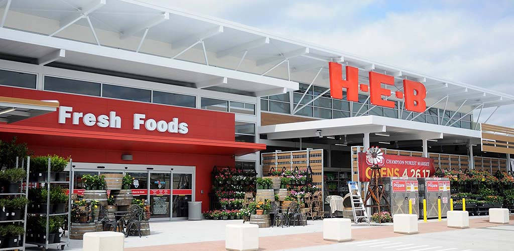 H-E-B plus! is an unexpected spot to meet singles for Laredo hookups