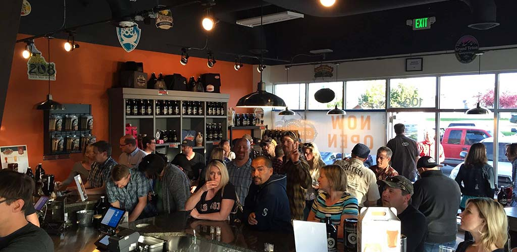 The Growler Guys is a fun beer garden and the best bar to get laid in Reno