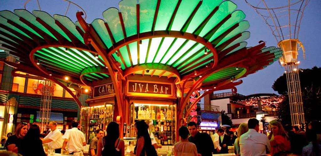 Uva Bar & Café at night