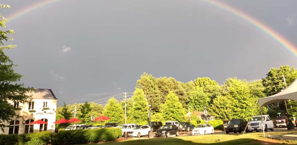 A rainbow over Vinos Finos