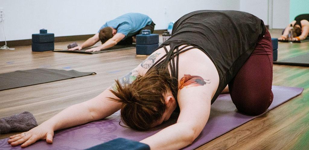 A BBW in Colorado Springs in a yoga class