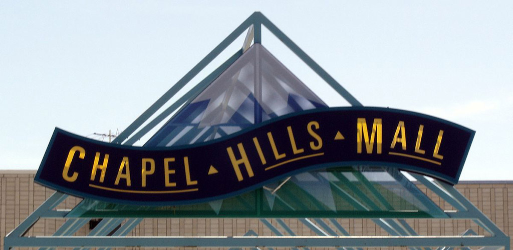 The sign of Chapel Hills Mall