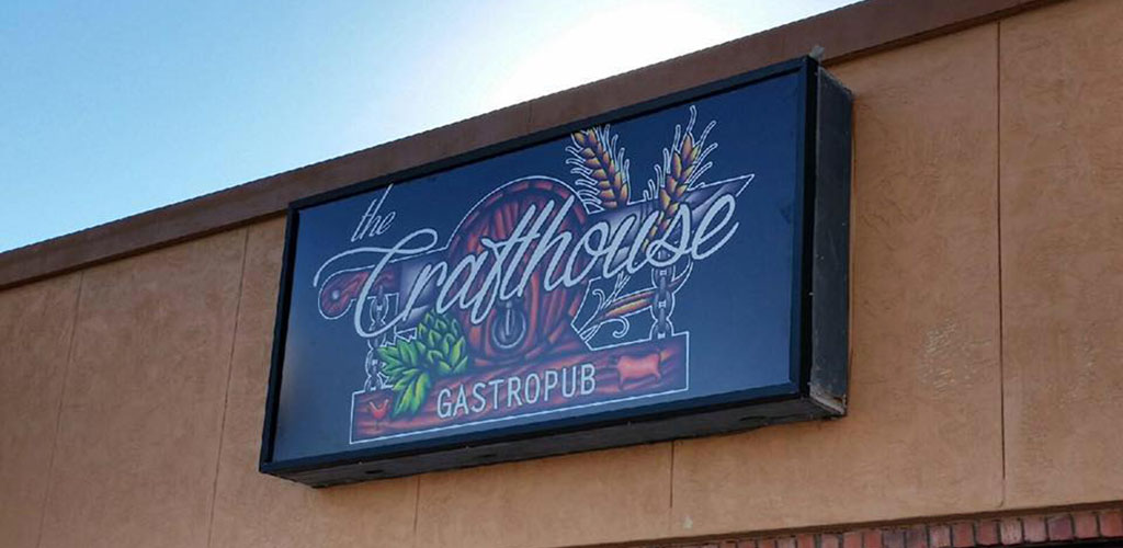 The Crafthouse Gastropub is a great bar for microbrews, cocktails and Lubbock hookups