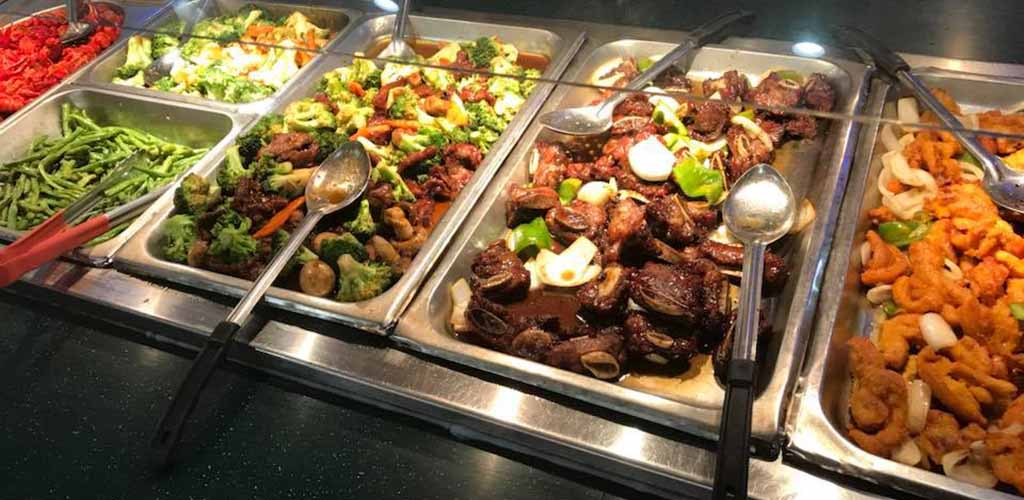 The selection of food at Jacksonville Royal Buffet