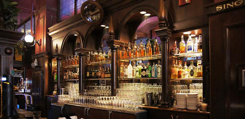 The Local is a fun Irish Pub where St. Paul hookups happen