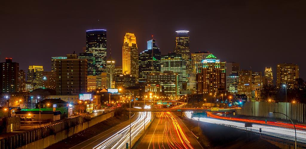 Bars, clubs, restaurants and apps to meet BBW in Minneapolis Minnesota