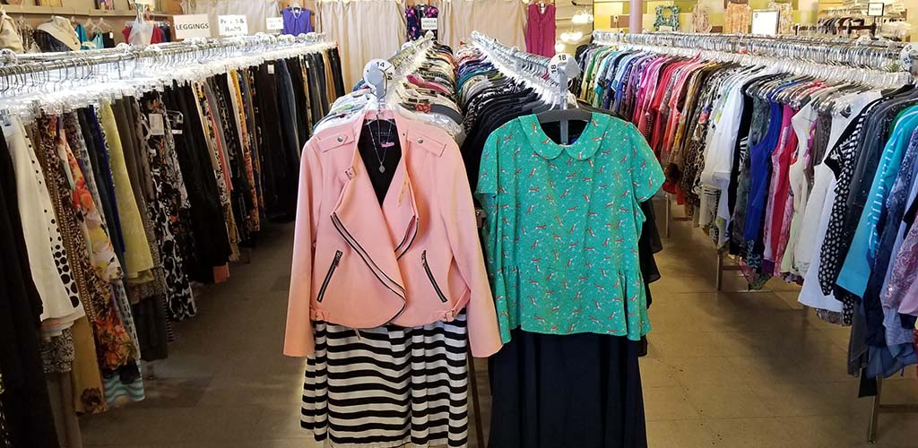 Fashionable plus-sized clothes from Two Big Blondes