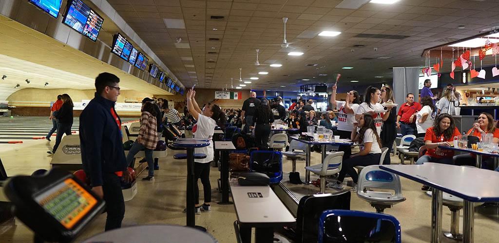 People bowling at Bowl El Paso