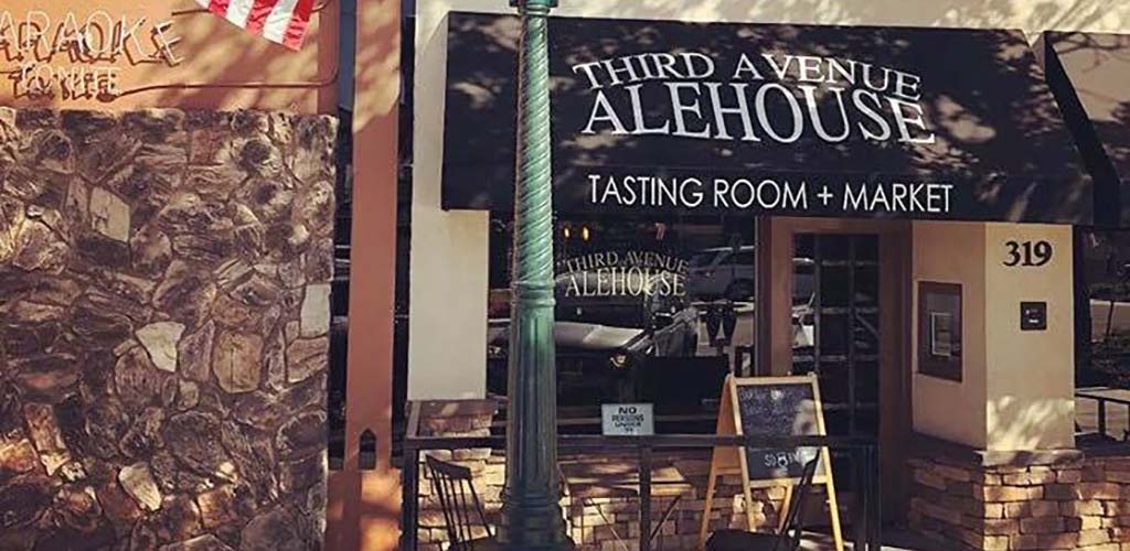 Third Avenue Alehouse is a tap house with lots of character and singles looking to get laid in Chula Vista