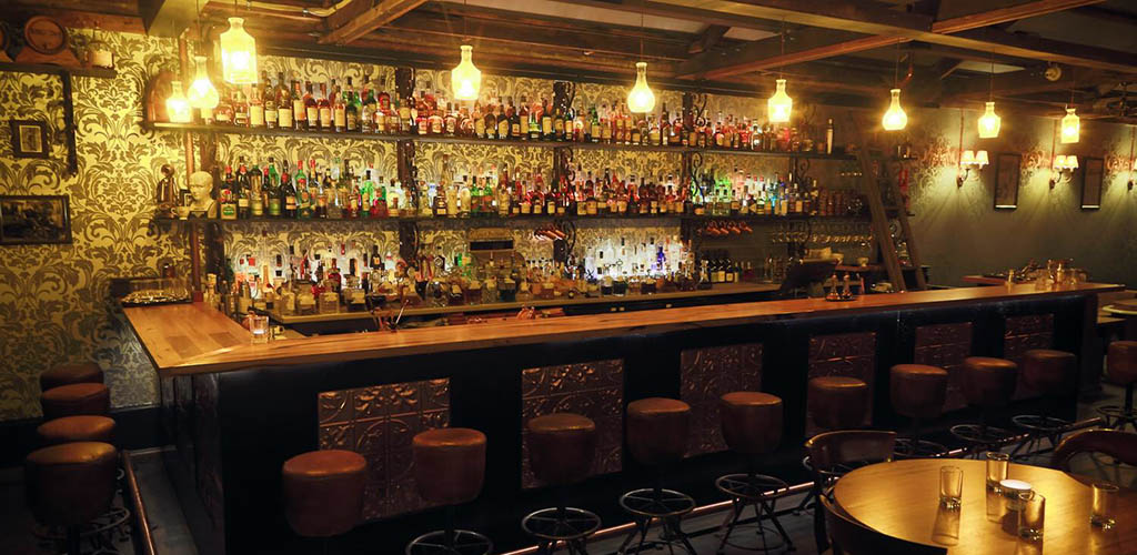18th Amendment Bar is an upscale yet fun Geelong Australia hookup bar