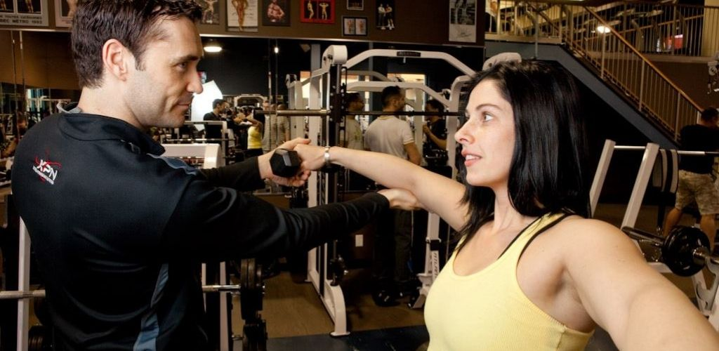 A cute Quebec single and her personal trainer at Planete Gym