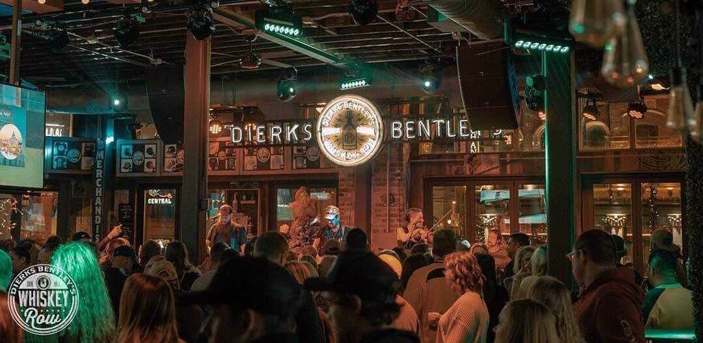The fun crowd at Dierk Bentley's Whiskey Row