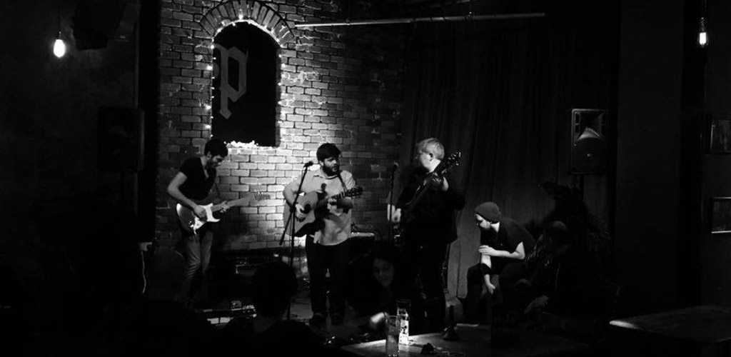 A live performance at Porter's