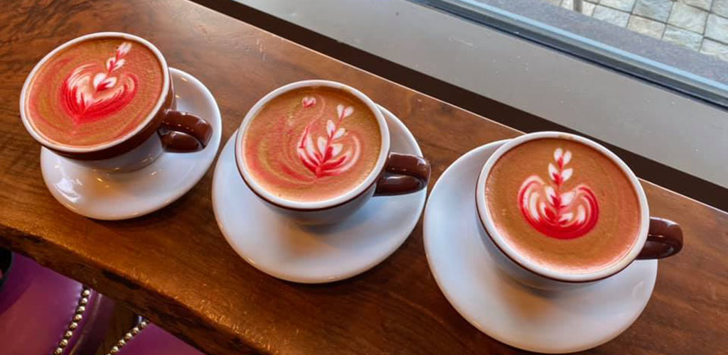 Colorful lattes from Sambalatte