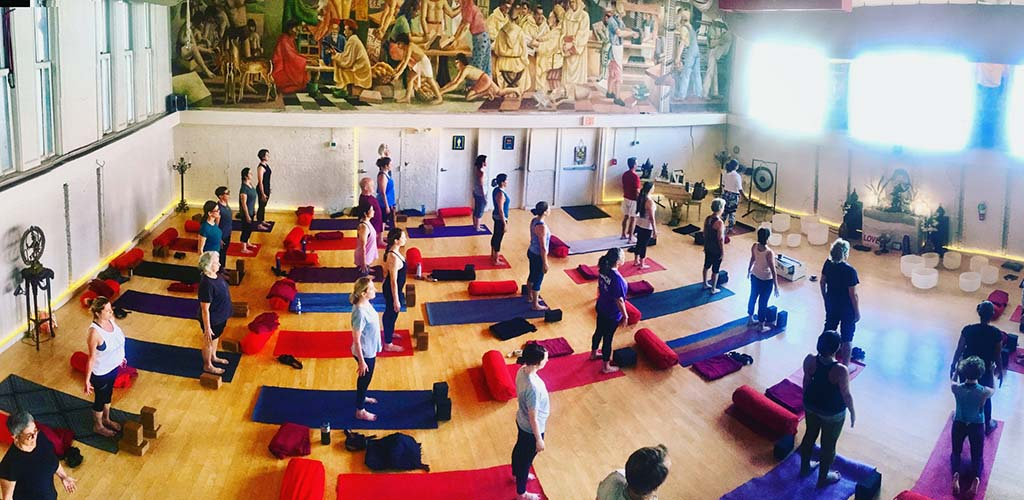 BBW in New Orleans at a yoga class at Swan River Yoga