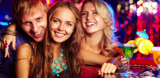 sexy singles in a bar looking for cape town hookups