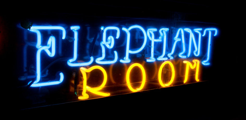 Elephant Room offers up a great place to find casual encounters in Austin