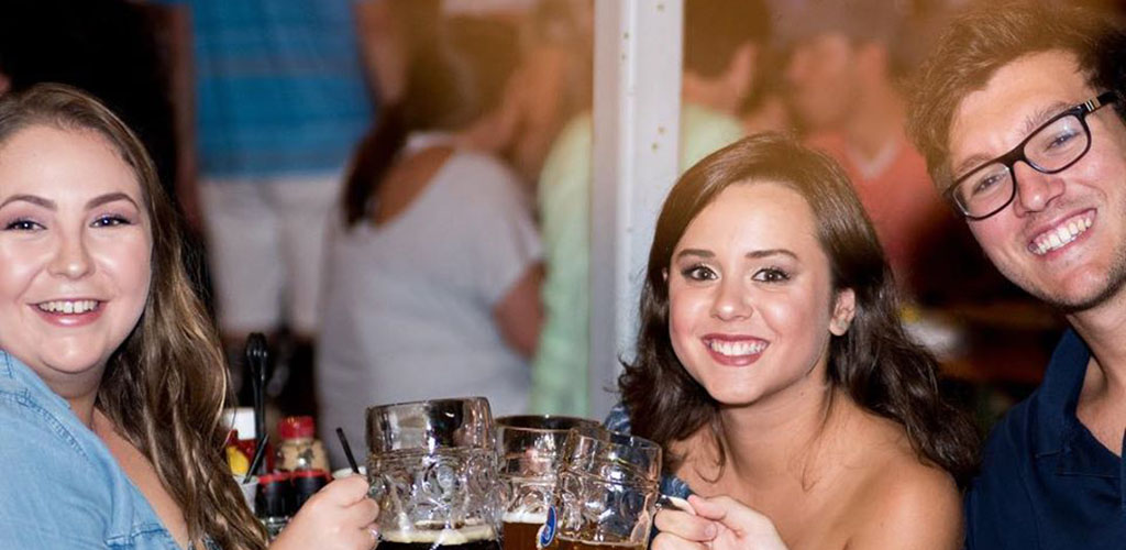 Hofbrauhaus is a fun and lively spot to find Columbus casual encounters