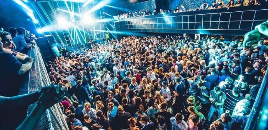 Coventry singles hooking up on the dance floor at Kasbah nightclub