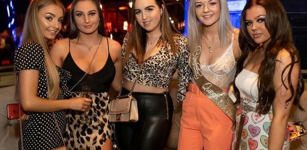 5 cute Coventry women hooking up at JJ's nightclub