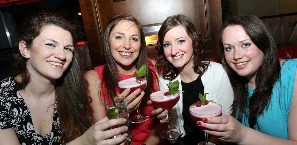 Girls grabbing drinks at Bert's Jazz Bar