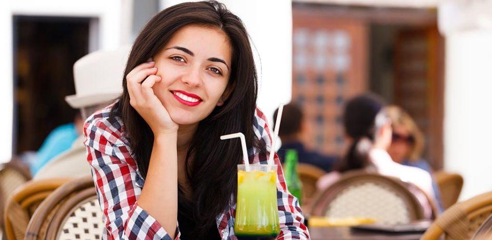 Brunette woman smiling and seeking casual encounters in Tucson Arizona