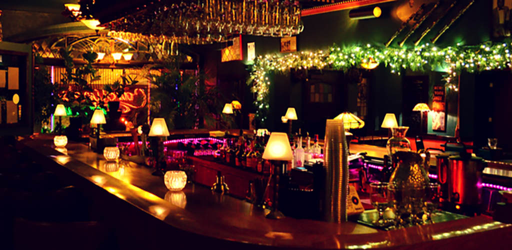 Caroline's is an intimate spot for enjoying jazzand finding casual encounters in Milwaukee