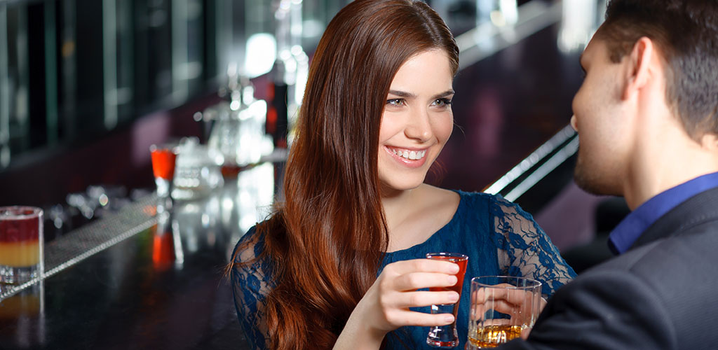Woman looking for Fresno casual encounters at an upscale bar