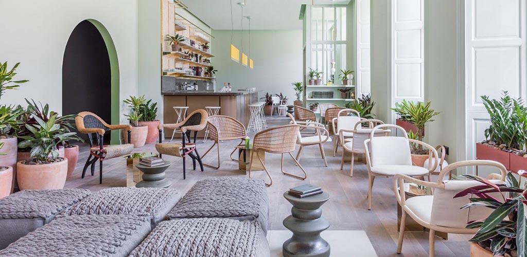 127 in Eden Locke is a trendy coffee shop in an even trendier district where single women in Edinburgh hang out