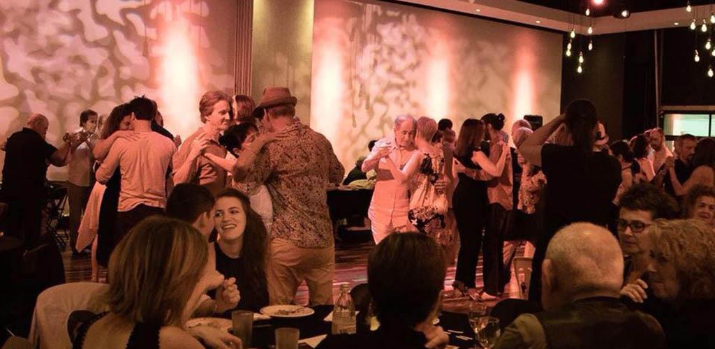 Try dancing your way towards Longueuil single women at Bahia Studio