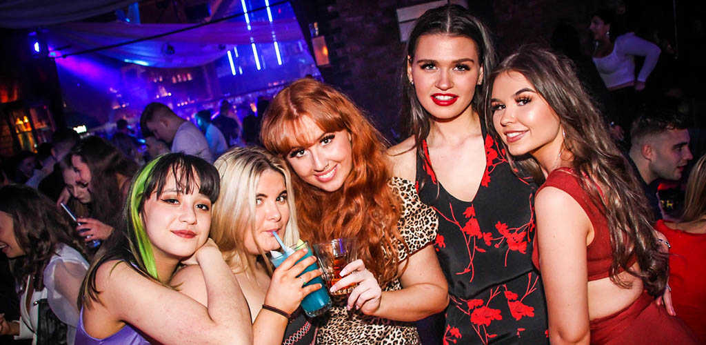 Deansgate Locks gets absolutely packed with single women seeking men in Manchester at the weekend