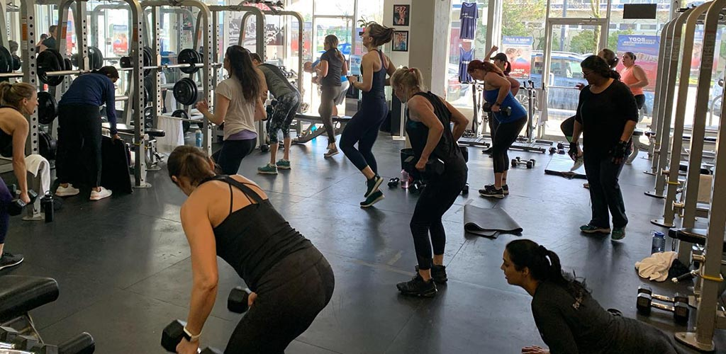Get buff and meet single women in Vancouver at Train on Main