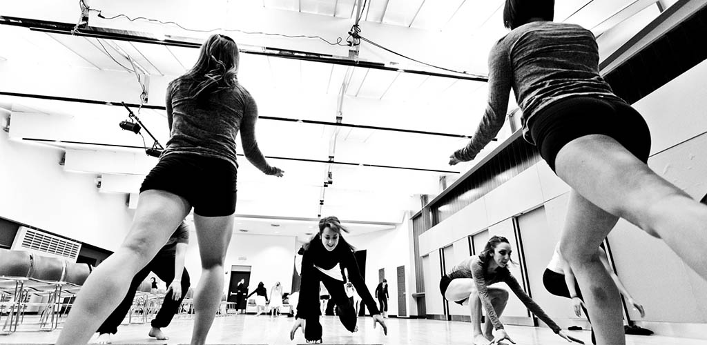 Urbanity Dance class full of single girls