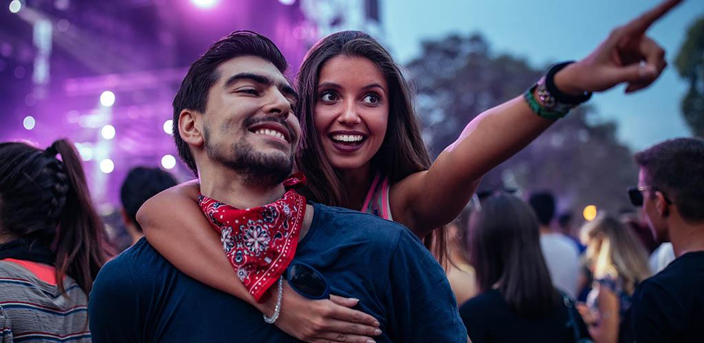 A single woman seeking men in Austin enjoying an outdoor concert