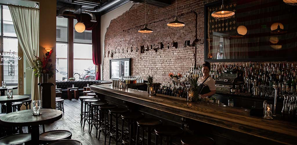 Union Lodge No.1 is a fun spot to grab a drink with single women in Denver