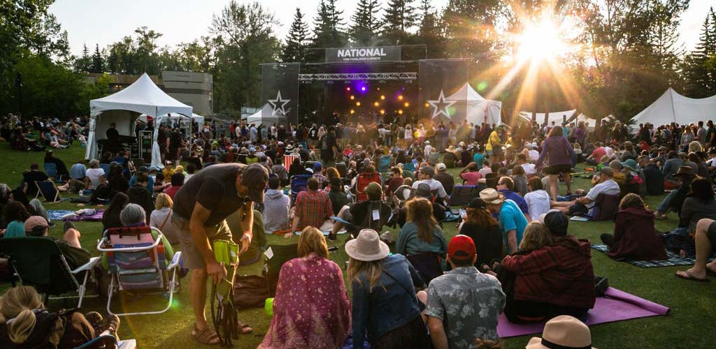 Meet fellow music lovers and single women at Calgary Folk Music Festival