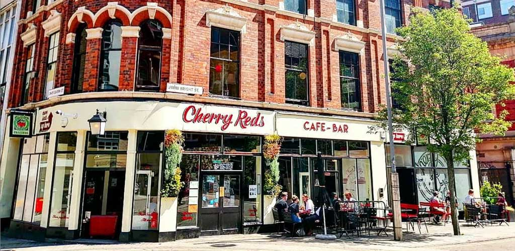 Cherry Reds is a popular cafe that serves craft beers: a favorite among single women in Birmingham