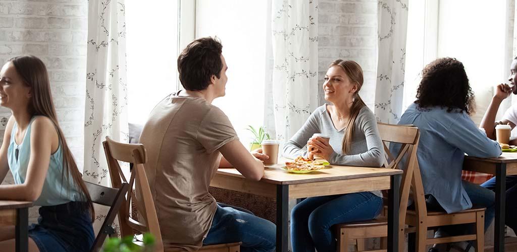 Men and women meeting new people through Speeddater.co.uk
