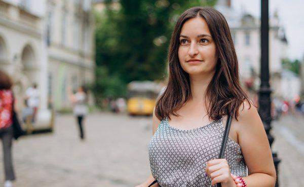 A single woman seeking men in Bradford while walking through the city