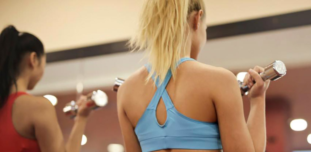 Fit girls working out at Accolade Fitness