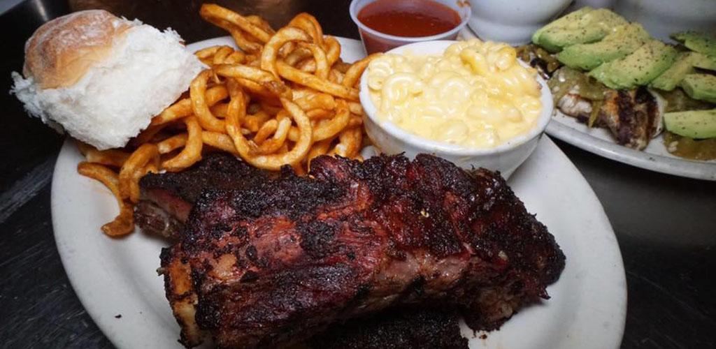 A rib plate from Rib Hut