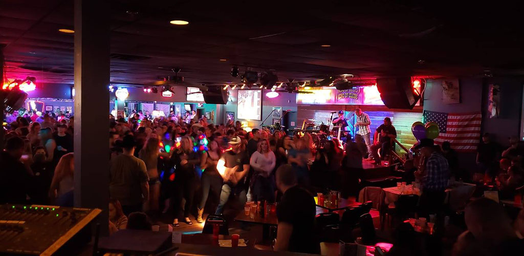 Lots of single women seeking men in Tucson in the crowd of Maverick Kings of Clubs