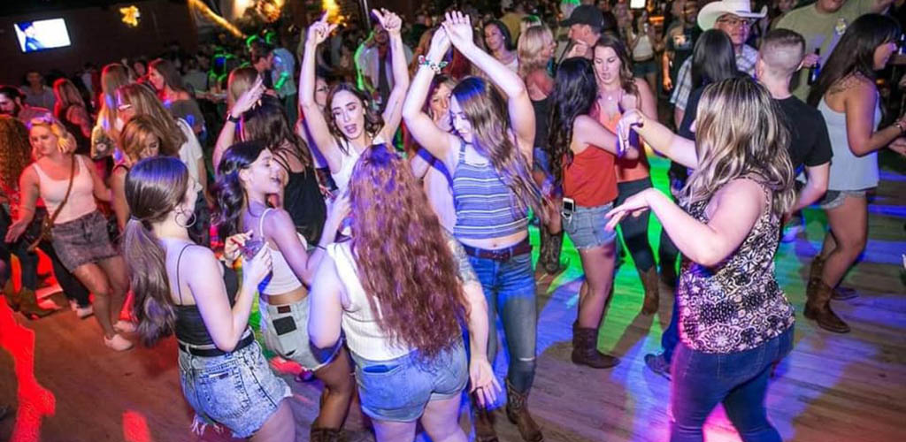 The wild dance floor of Denim and Diamonds where you can find hookups in Mesa
