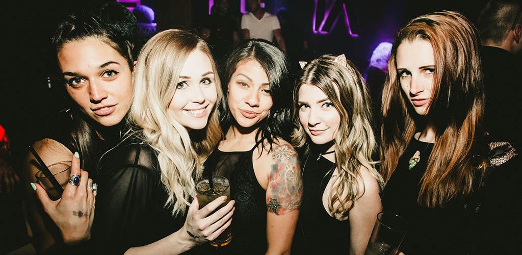 Beautiful single women seeking men on a night out at Site1A