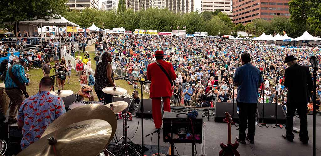 A live musical performance at the Waterfront Blues Fest
