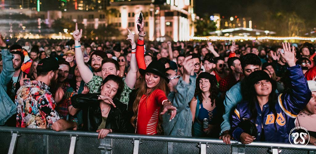 The audience dancing at CRSSD Fest